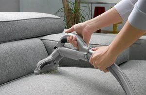 איך לנקות ספה מבד